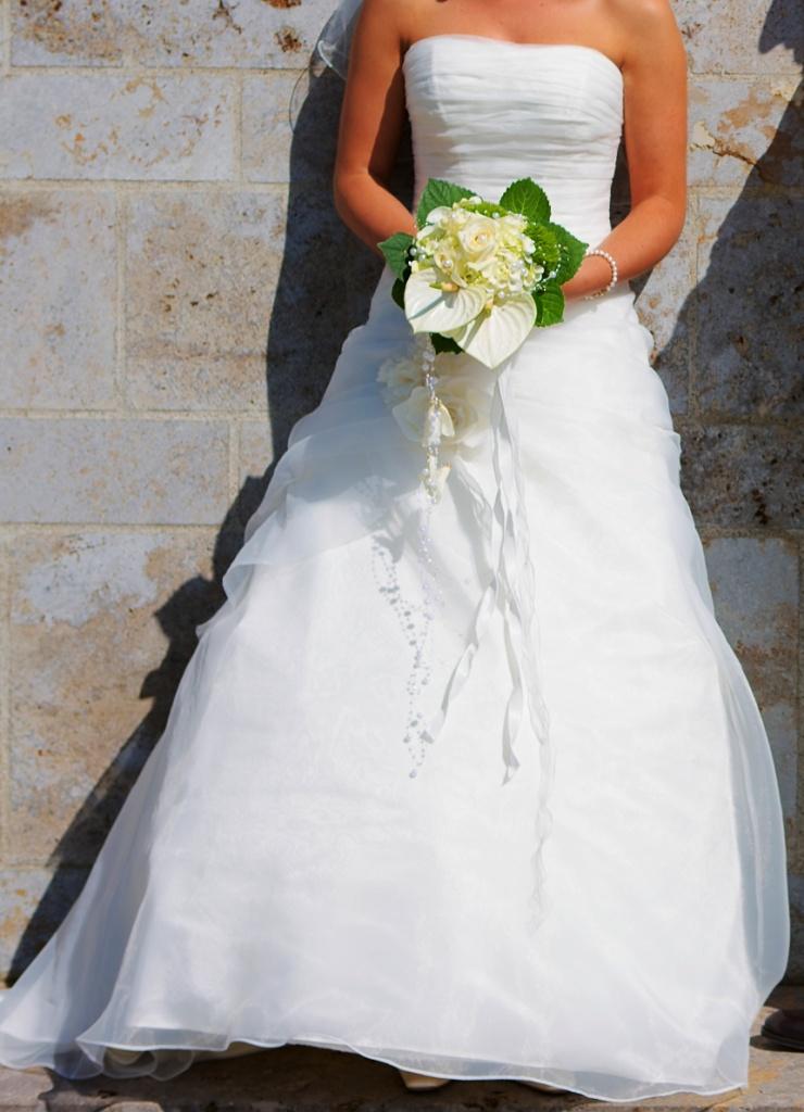 Ziemlich Die Verkauft Brautkleider Bilder - Brautkleider Ideen ...