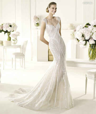 Brautkleider Eng Anliegend Pictures to pin on Pinterest