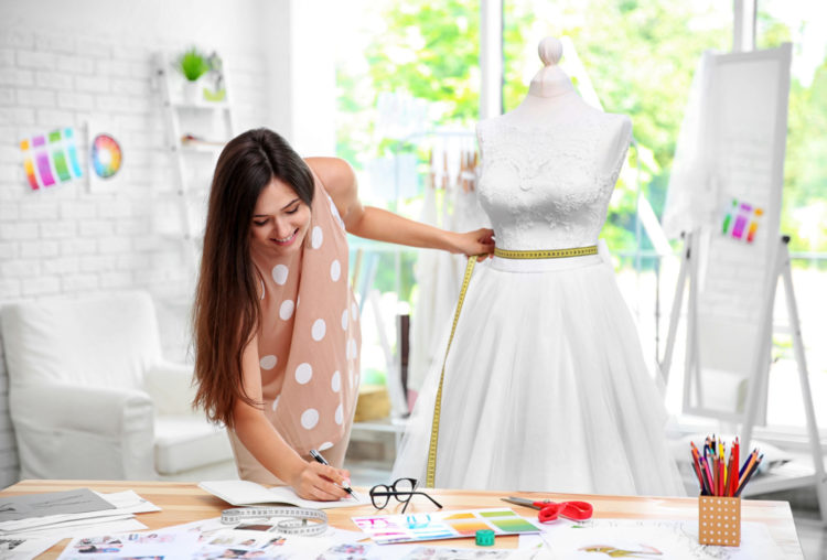 Dein Weg zum Traumkleid: Die Brautkleid Maßanfertigung