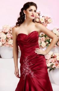 Die trendigsten Brautkleider-Farben 2014