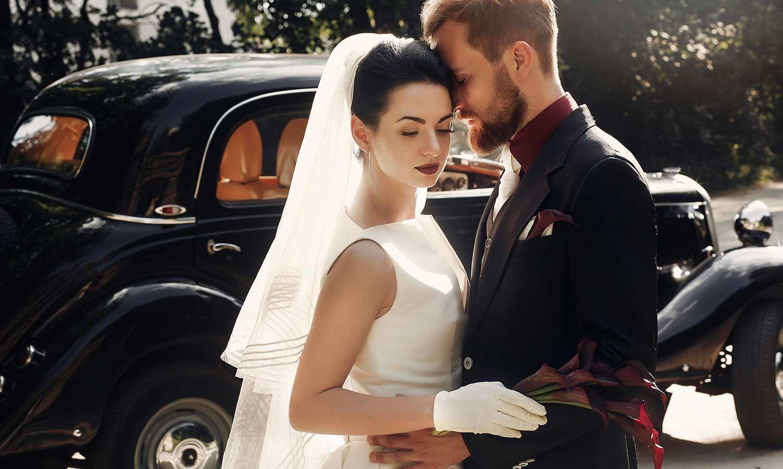 Das Brautkleid hochgeschlossen tragen - Eleganz pur garantiert