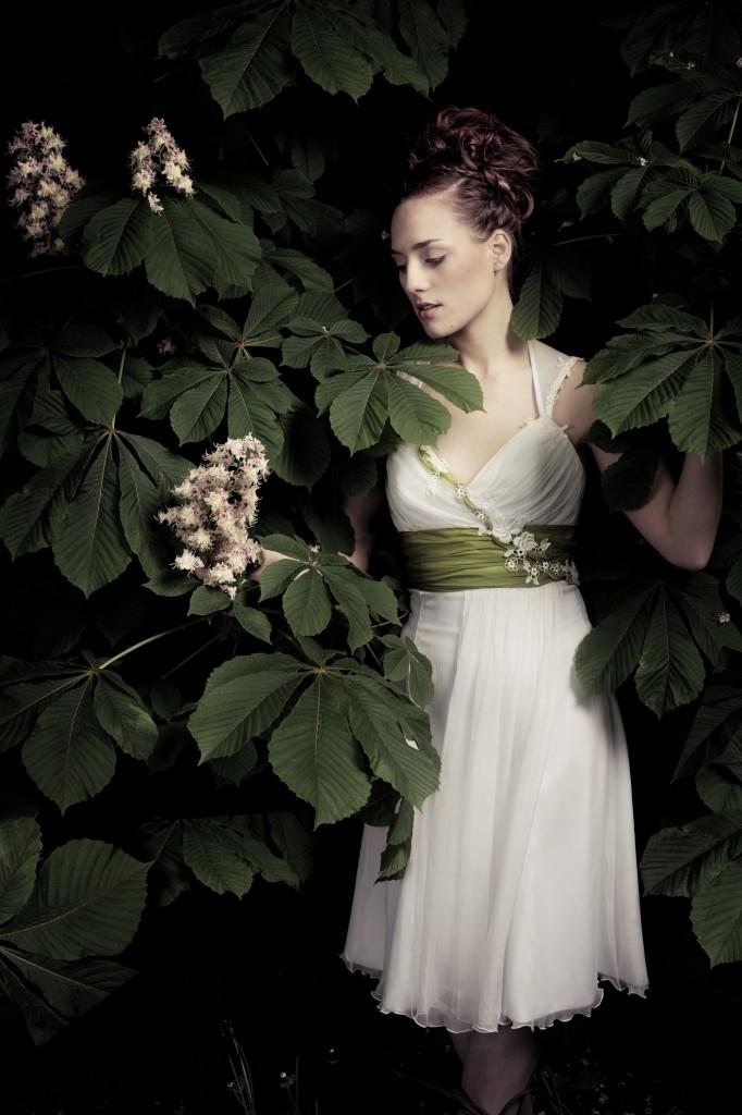 Brautkleider für den Frühling - Francoa Calesco Couture Brautkleid kurz