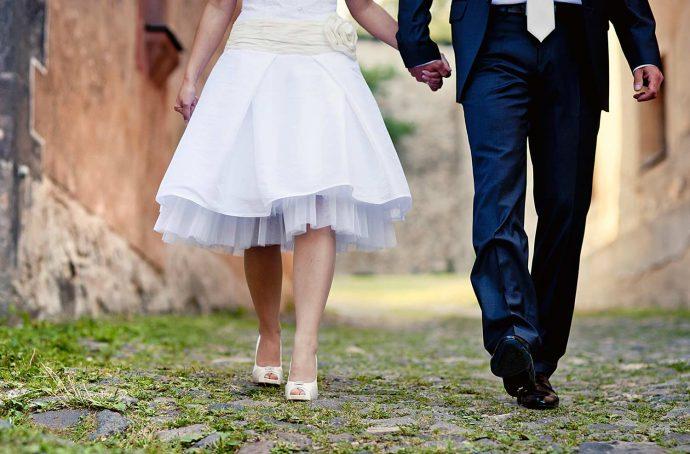 Brautkleid für kleine Frauen
