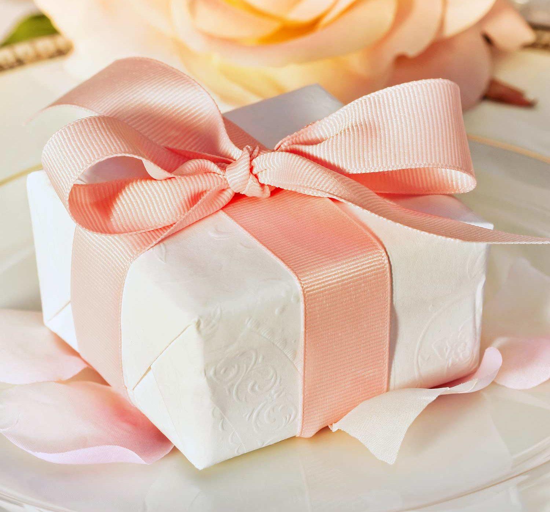 Geschenk erster Hochzeitstag
