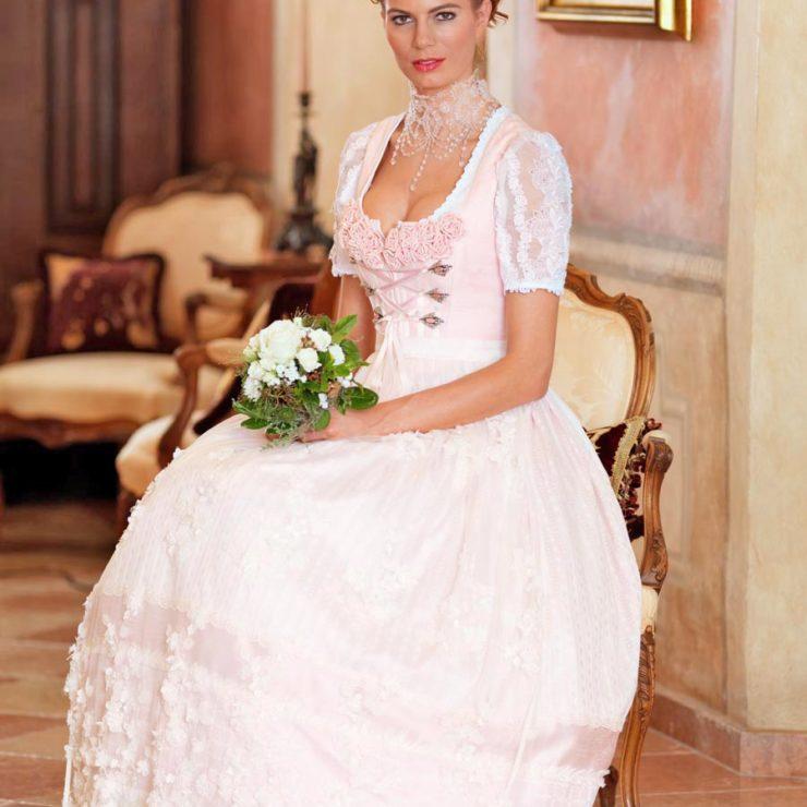 Farbige Brautkleider - 5 wunderschöne Alternativen zu Weiß