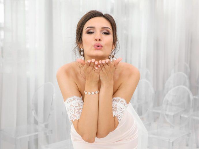 Kleid Carmen Ausschnitt